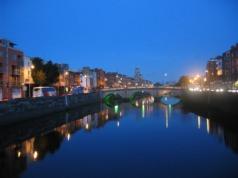 Vue sur la Liffey de nuit, Dublin
