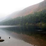 photo du lac de Glendalough en Irlande