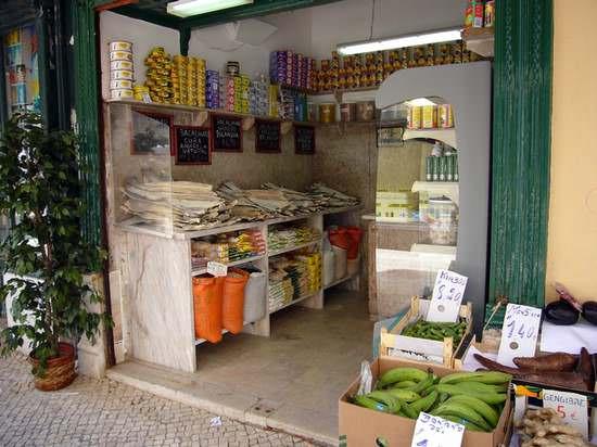 photo  épicerie à Lisbonne