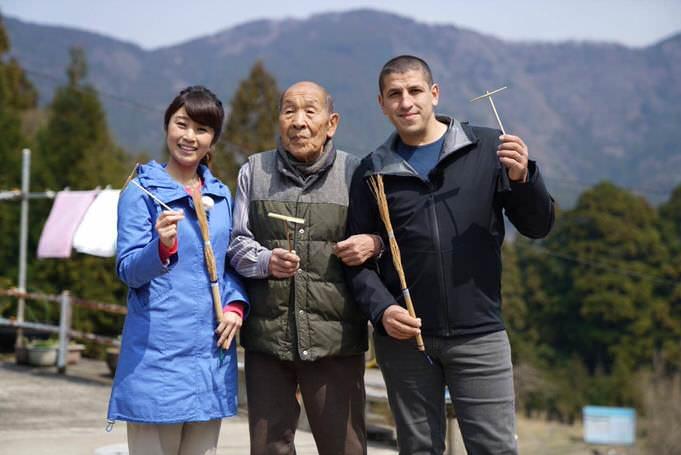Portrait d'une rencontre avec des Japonais en voyage, pendant le tour du Japon.